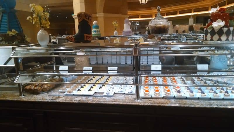 Bellagio Brunch Buffet Desserts
