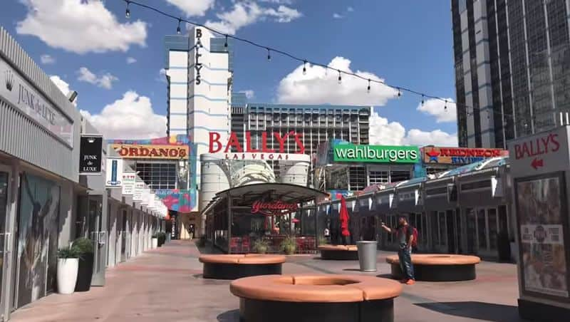 grand bazaar shops las vegas